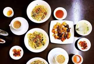 999 Shan Noodle Shop